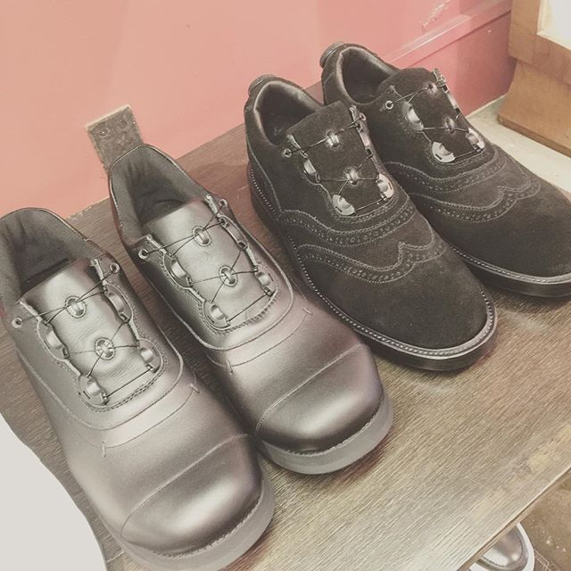 spectusshoeco. スペクタスジャンルレスな、新感覚イノベーションシューズ。#spectusshoeco #footthecoacher #footstockoriginals #スペクタス#フットストックオリジナルズ#shoes #sneakers #靴 #mood#alleyonlineshop #alleycompany #通販 #fashion #足元 #instagood #instafashion #栃木 #宇都宮 #follow #followme #新しい靴が欲しい - from Instagram