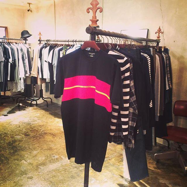 mastermind x A-GIRLS T-shirtsマスターマインドとエイガールズとのコラボTシャツ。ホワイト、グレー、ブラック。#mastermind #mastermindjapan #マスターマインド #マスターマインドジャパン #mood #alleycompany #alleyonlineshop #tshirt #tシャツ #fashion #ファッション #ファッションアイテム #栃木 #通販 #宇都宮 #instagood #instafollow #instafashion #followme #follow - from Instagram