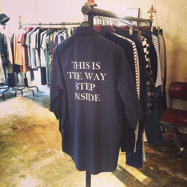 UNDERCOVER バックサテン七分袖シャツ STEP INSIDEアンダーカバーの七分袖シャツ。こちらはブラックです。#undercover #undercoverism #アンダーカバー #アンダーカバーイズム #mood #alleycompany #alleyonlineshop #fashion #fashionblog #instagood #instalike #instafollow #instafashion #shirts #シャツ #ファッション #ファッションアイテム #栃木 #通販 #宇都宮 - from Instagram
