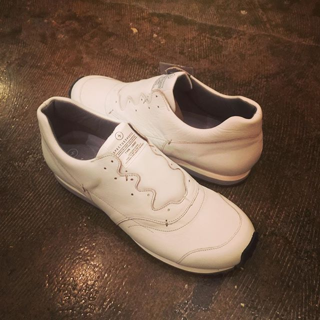 SPECTUSSHOECO. LACELESS SYSTEM SHOES whiteスペクタスの紐なしシューズ、ホワイト。#spectusshoeco #スペクタス #shoes #sneakers #シューズ #靴 #mood #alleycompany #alleyonlineshop #宇都宮 #セレクトショップ #栃木 #通販 #instagram #instafashion #instagood #instacool #instafollow #fashion #fashiongram #ファッション #ファッションアイテム #r_fashion - from Instagram