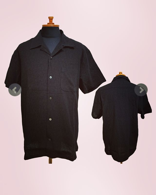 roar ロアー 半袖オープンカラーシャツ ブラック JACQUARD SALT SHRINKAGE 18SRS-10織り柄で凹凸を表現した、オープンカラーのブラックシャツ。*@alleyonlineshop ショップサイトと他記事はこちら*#roar #ロアー#shirt #shirts #シャツ #半袖シャツ #オープンカラーシャツ #ブラック #モノトーン#セレクトショップ #通販 #通販サイト#栃木 #宇都宮#streetwear #streetfashion #fashiongram #instafashion #mensfashion #メンズファッション #お洒落な人と繋がりたい #おしゃれさんと繋がりたい #お洒落さんと繋がりたい
