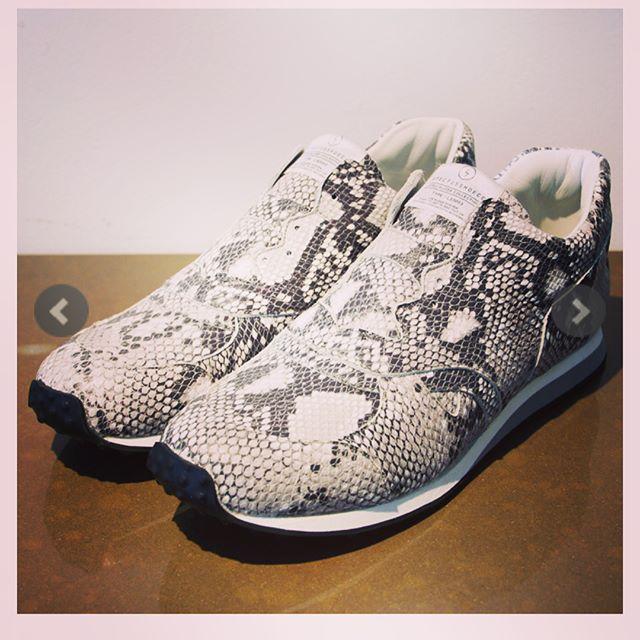 SPECTUSSHOECO. スぺクタス シューズ パイソン LACELESS SSC1812001 ・@alleyonlineshop ・#spectusshoeco #スペクタスシュー #footthecoacher #フットザコーチャー #シューズ #スニーカー #shoes #sneakers #fashion #fashiongram #instafashion #mensfashion #ファッション #メンズファッション #通販 #新作 #予約 #ストリートファッション #streetfashion #alleycompany #alleyonlineshop #セレクトショップ #お洒落さんと繋がりたい #おしゃれさんと繋がりたい #お洒落 #お洒落は足元から #followforfollowback #follower #follow4like