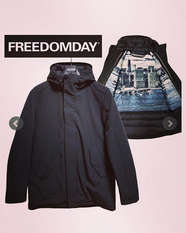 FREEDOMDAY フリーダムデイ ダウンジャケット ブラック WALL STREET BLACK LABEL#freedomday #フリーダムデイ #ダウンジャケット #ダウンブルゾン #ダウンコート #アウター #fashion #mensfashion #instafashion #fashiongram #ファッション #メンズファッション #ストリートファッション #通販 #セレクトショップ #オンラインショップ #ネットショップ #alleycompany #alleyonlineshop #おしゃれさんと繋がりたい #お洒落さんと繋がりたい #おしゃれな人と繋がりたい