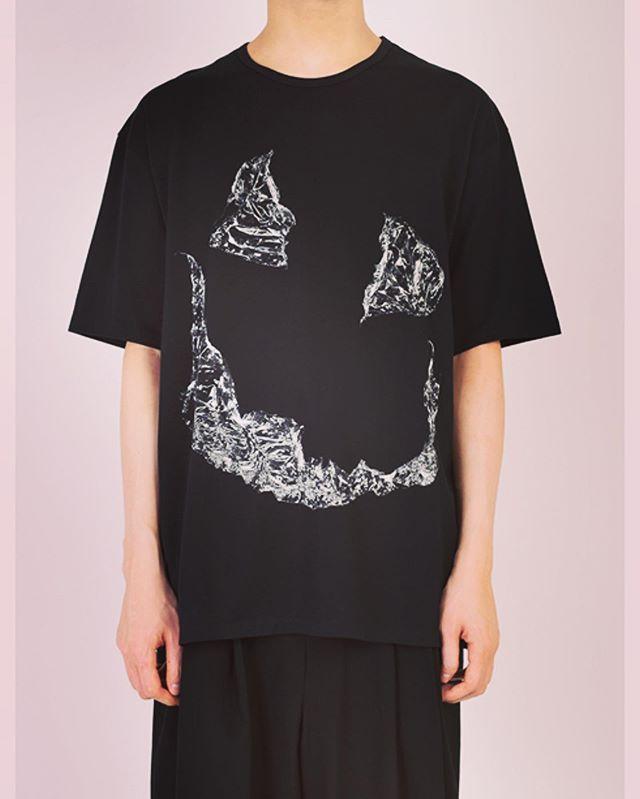 #山田孝之 さんが、 #バナナマン の番組 #バナナマンのドライブスリー で着ていたTシャツと同じプリント。こちらはビッグシルエットになります。 ○○LAD MUSICIAN ラッドミュージシャン プリントビッグTシャツ ブラック BIG T-SHIRT 2319-803 ○○#ladmusician #ラッドミュージシャン #tshirt #tシャツ #ビッグtシャツ #fashion #fashiongram #mensfashion #instafashion #メンズファッション #ファッション #ストリートファッション #セレクトショップ #オンラインショップ #ネットショップ #通販 #ファッション通販 #alleycompany #alleyonlineshop #ladmusician2019ss #宇都宮 #ドライブスリー