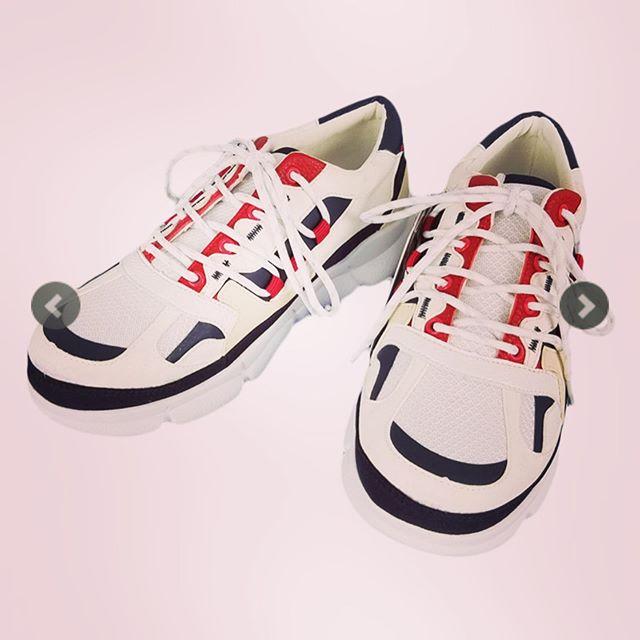 White Mountaineering ホワイトマウンテニアリング VIBRAM SOLE CONTRASTED SNEAKER ビブラムソール コントラスト スニーカー ホワイト WM1973801 ○○#whitemountaineering #ホワイトマウンテニアリング #2019aw #スニーカー#シューズ #靴 #sneakers #shoes #alleycompany #alleyonlineshop #新作 #mensfashion #メンズファッション #セレクトショップ #オンラインショップ #ファッション通販